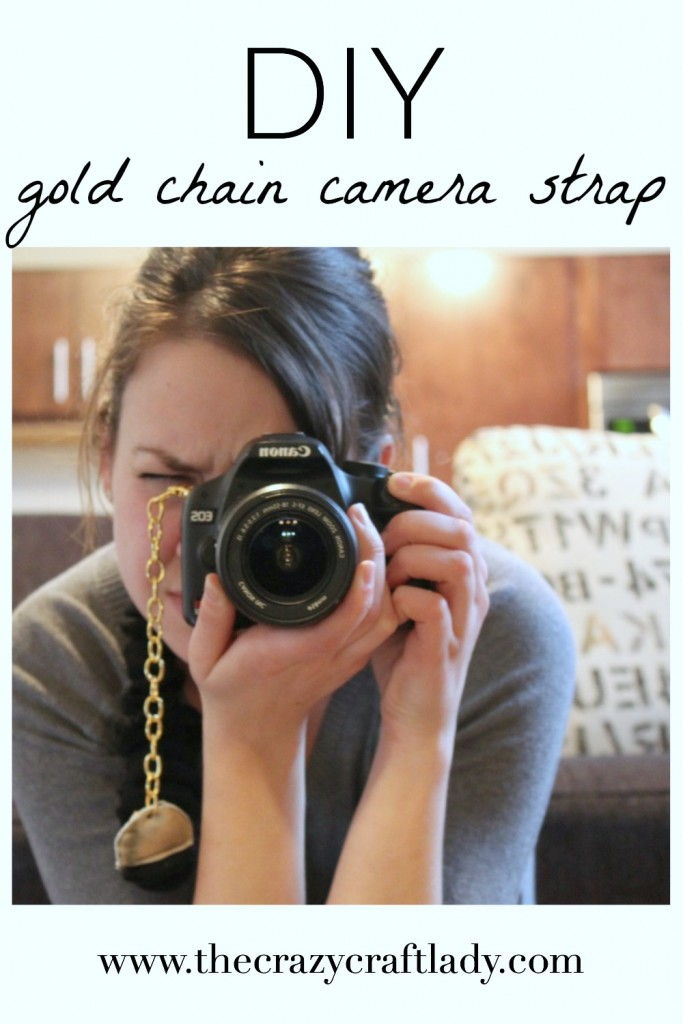 This is such an amazing and fun DIY project. Make your own camera strap using an old sweater and some gold chain. How pretty!