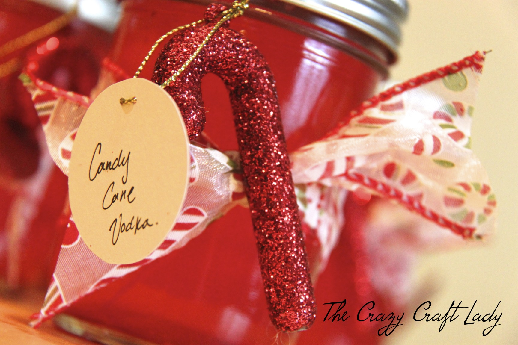 How to make Candy Cane Vodka – A Fun, Boozy, Christmas Treat