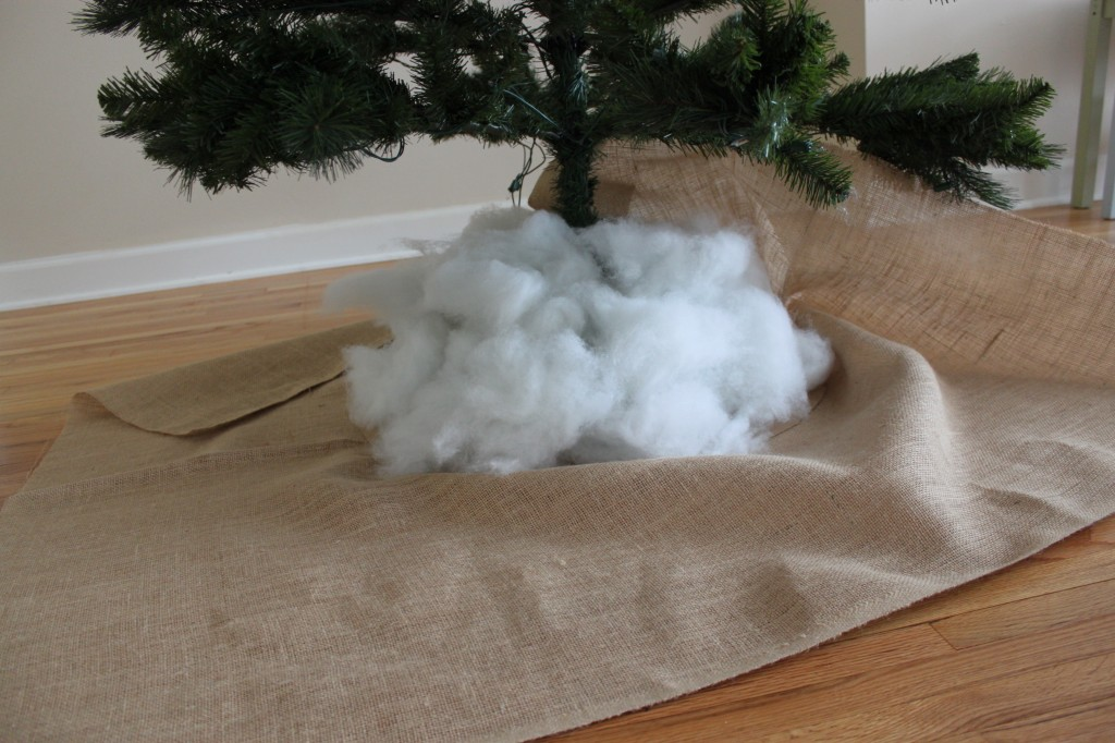 DIY Burlap Tree Skirt - step 6
