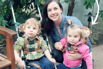Why I Put My Children on Leashes {Mommy Confession}