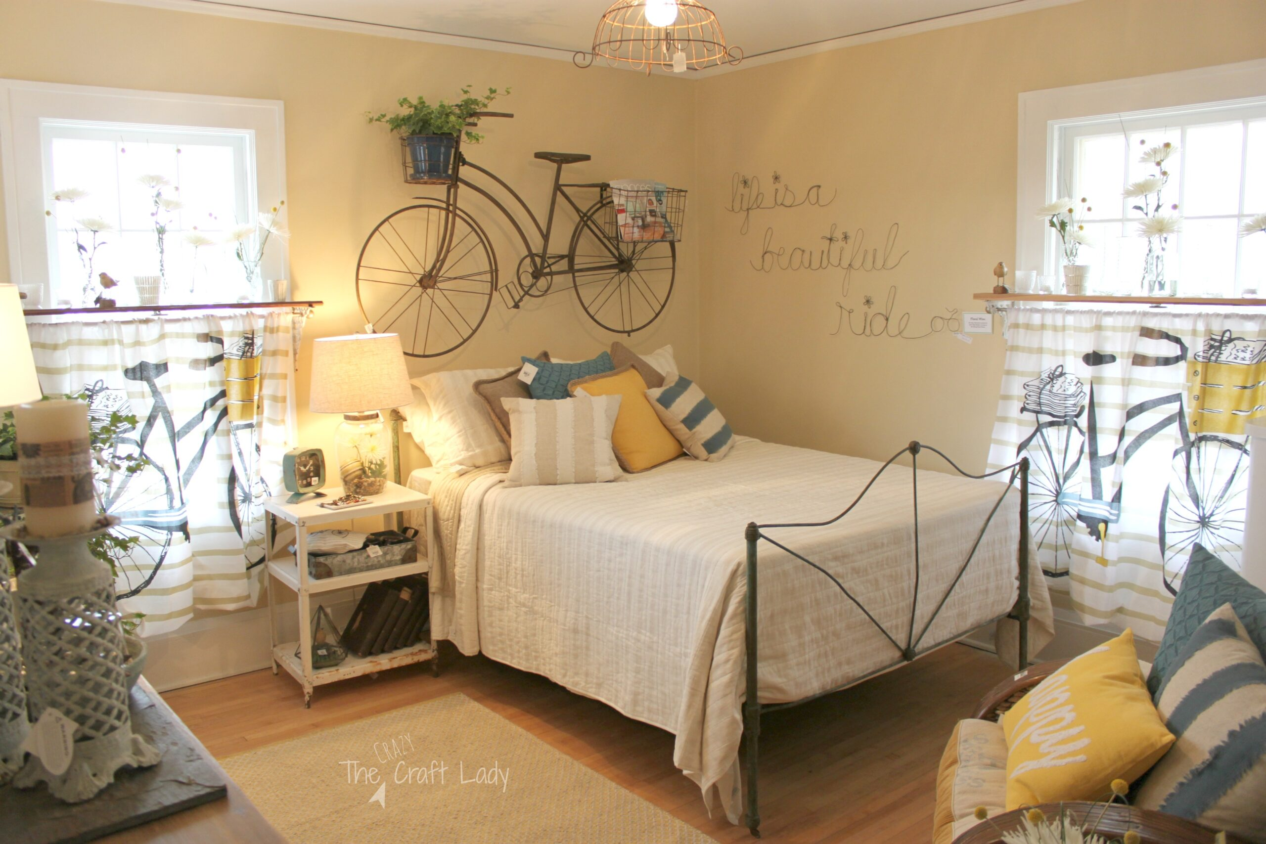 Spring 2015 ideas house the crazy craft lady for Bed spring decoration