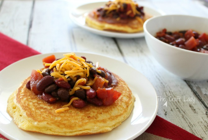 Chili and Cornbread Pancakes - a simple 20-minute weeknight meal made with ingredients you have in your pantry.