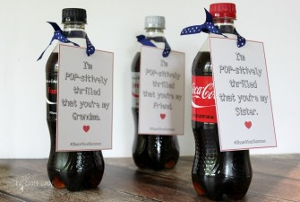 Share Your Summer with Coca-Cola: Personalized Gift Tags and Coke Floats