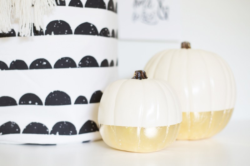 Fantastic DIY Guilded Pumpkins for Fall