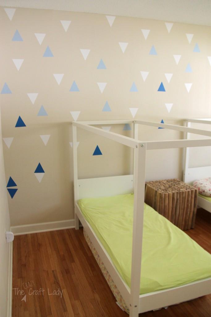 A Coastal Cool Twin Bedroom Makeover - week 3 update.