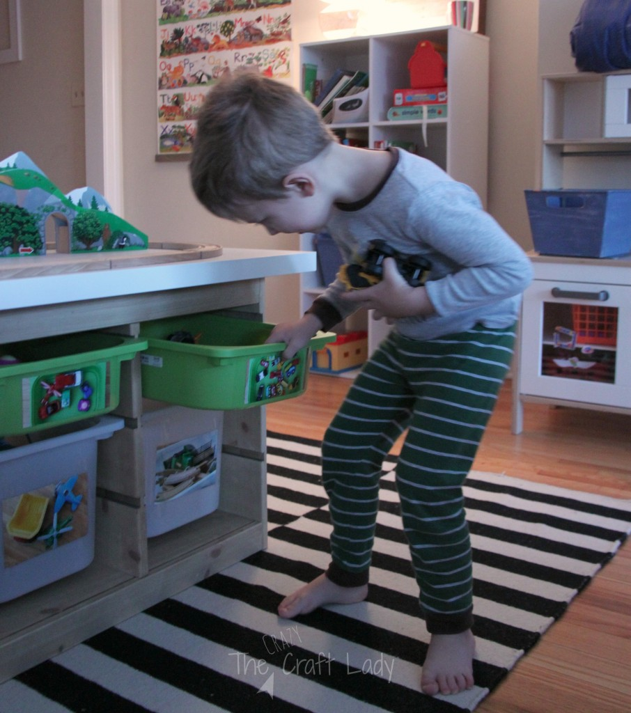 Let's talk toy organization! Here's one simple and foolproof method to ensure your kids always know where their toys belong. They are never too young to help clean up!