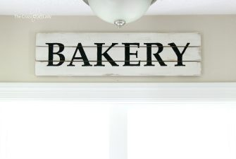 DIY Farmhouse Style Bakery Kitchen Sign