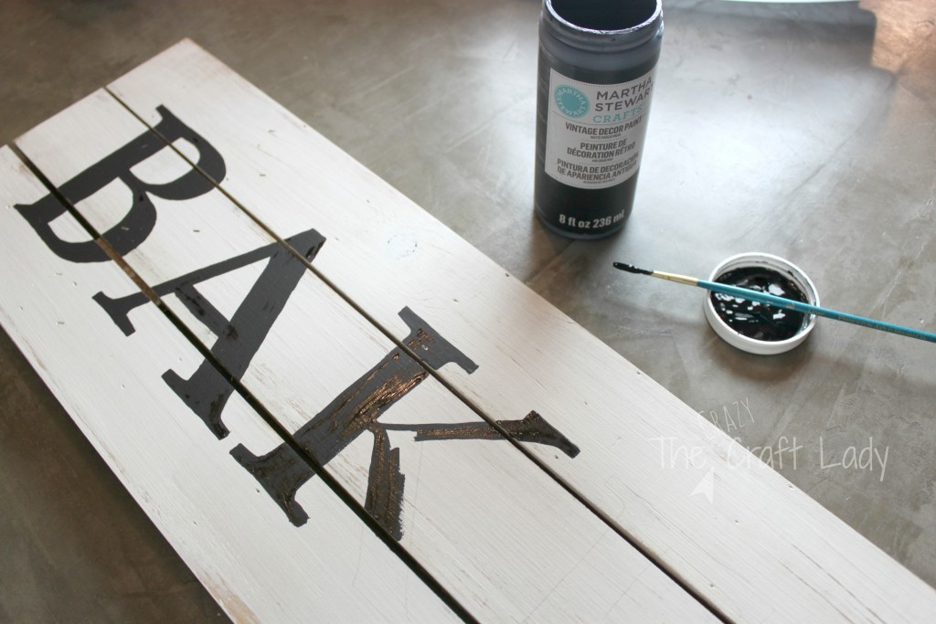 DIY Farmhouse Style Bakery Kitchen Sign - this is such an EASY DIY decor project. It comes together in 4 simple steps - for just a small fraction of the price that you would pay in stores.