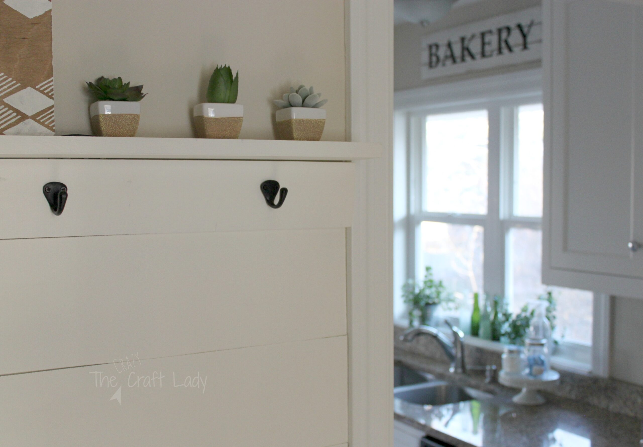 DIY Farmhouse Style Bakery Kitchen Sign   This Is Such An EASY DIY Decor  Project.