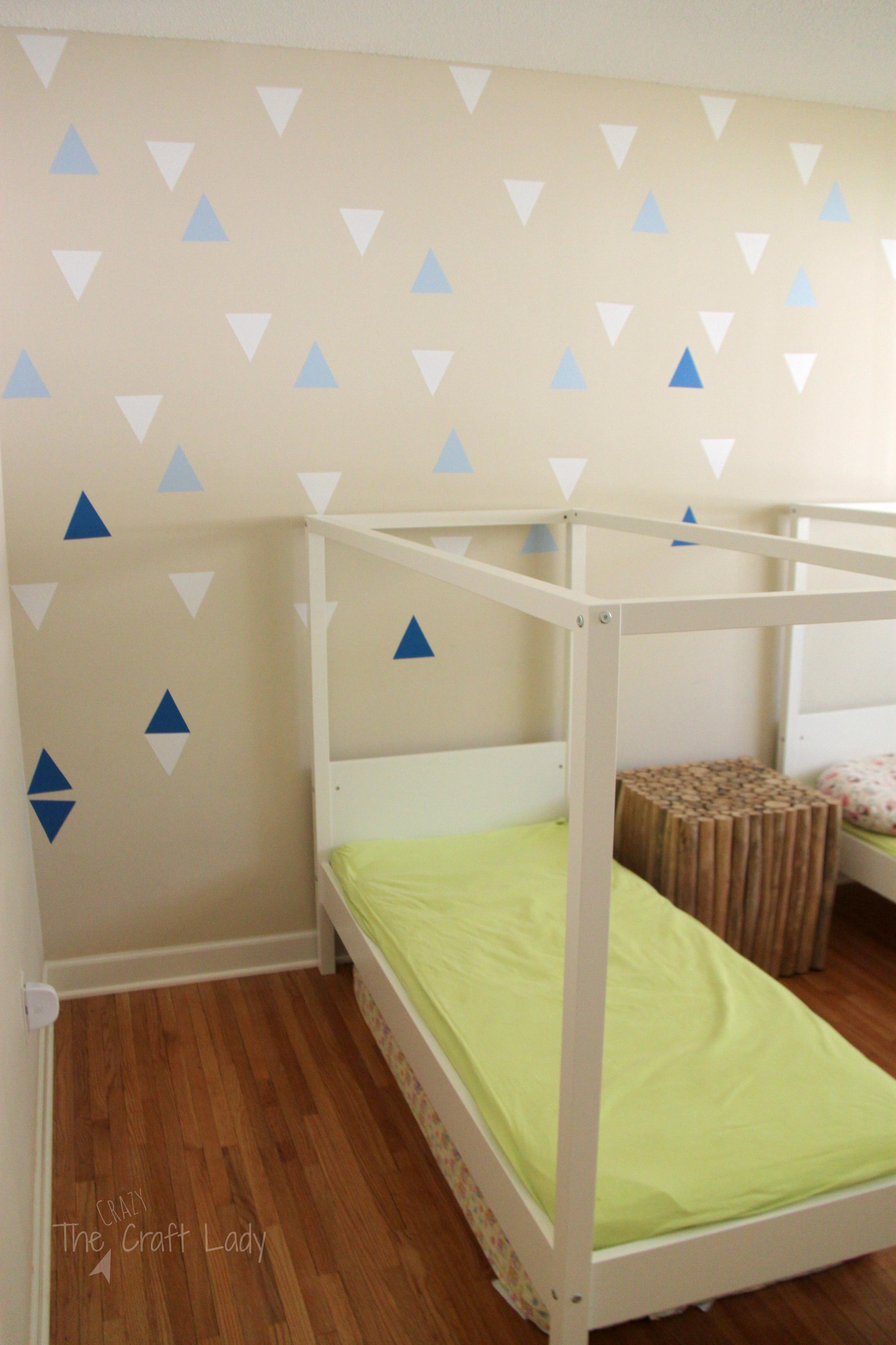 DIY Wall Decals: Rental-Friendly Decor + A Feature Wall ...