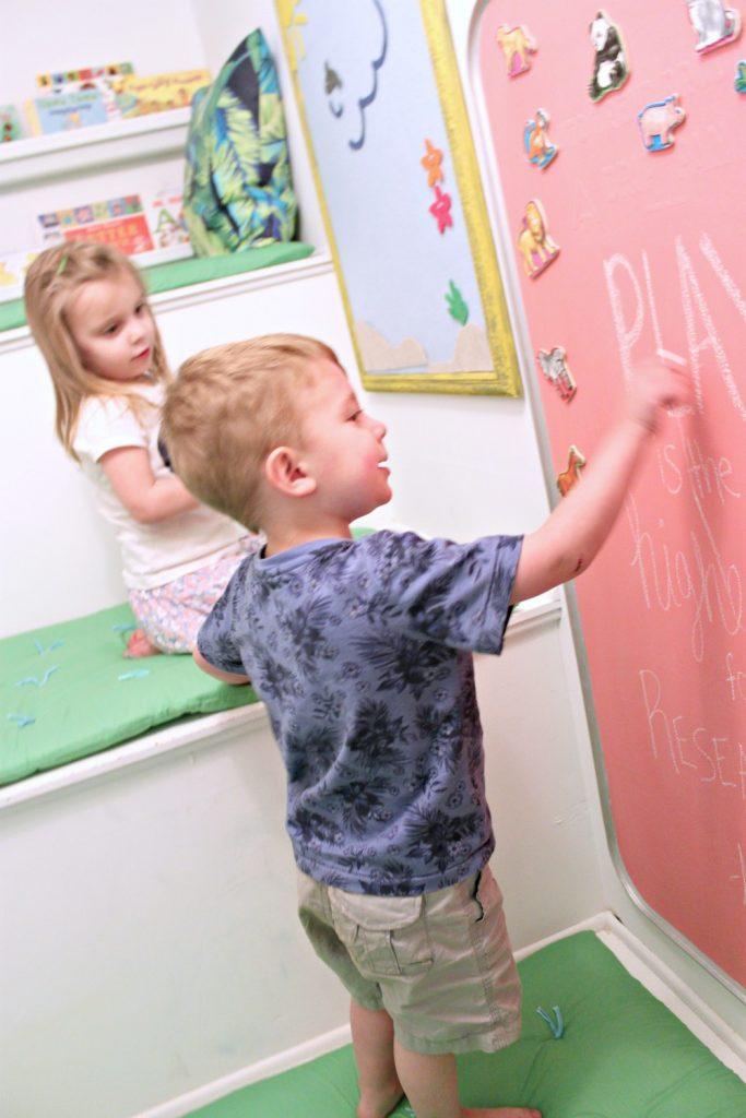 Make a custom color magnetic chalkboard