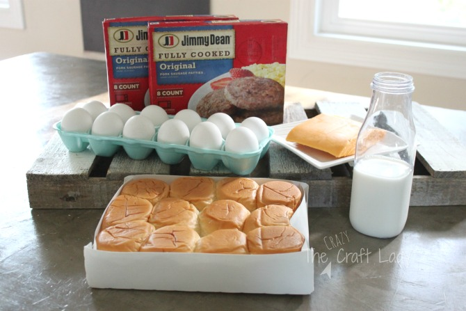 Make easy breakfast sliders