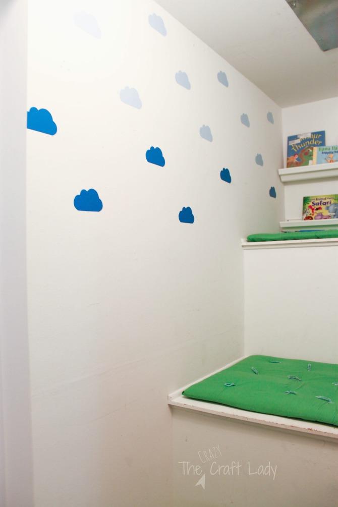 make DIY wall decals using craft vinyl