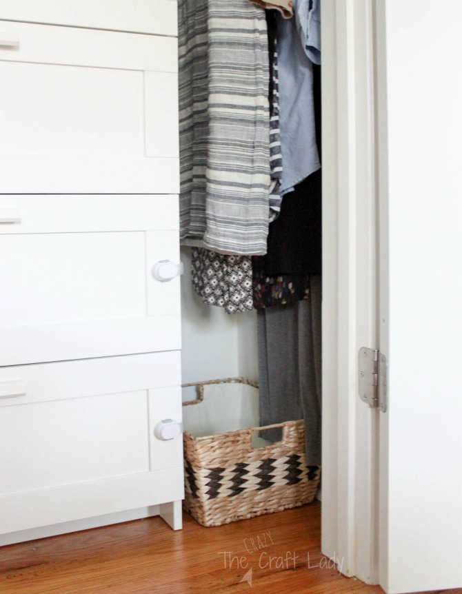 small closet organizing - leave some space