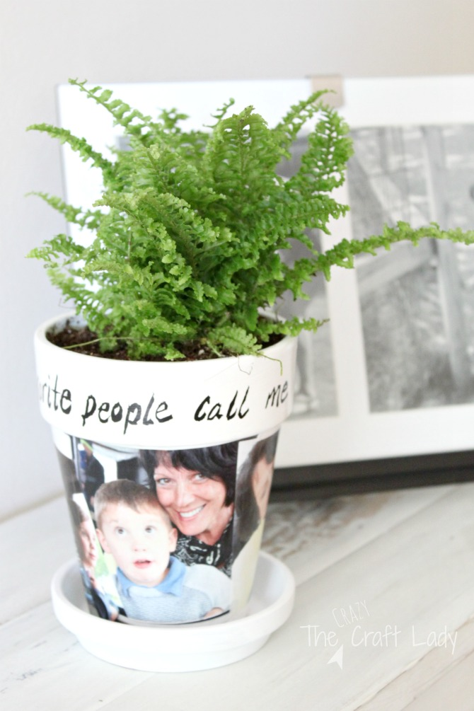 DIY Clay Pot Craft - make this customized photo gift with just a few simple craft supplies