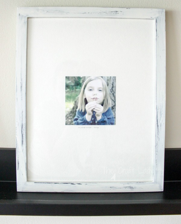 making an instagram gallery wall with inexpensive photo mats