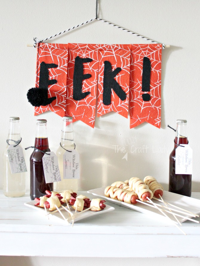 Halloween Entertaining made Simple - make hot dog mummies and spiders on a stick and download this FREE printable Witches Brew drink tag