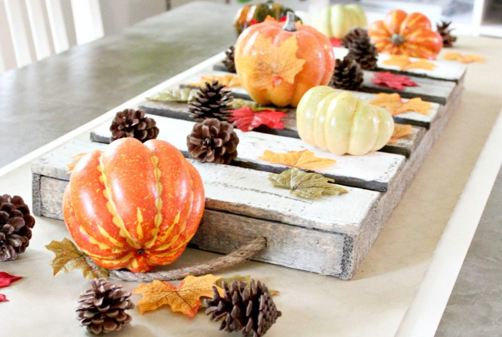 The Easiest Fall Table Runner   Simple Fall Table Decor That Comes Together  In Seconds