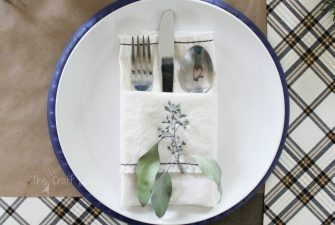 DIY Fabric Napkins – A Super Simple Sewing Project for Even the Most Beginners