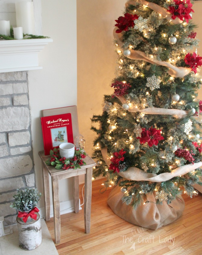 how to decorate your christmas tree with supplies from the dollar store