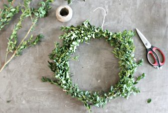 DIY Boxwood Wreaths – 2 Easy Ways