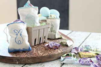 Painted Easter Treat Bags