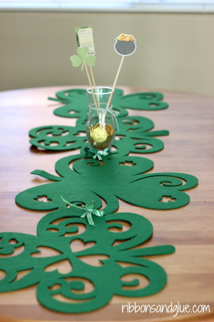 10 Dollar Store Crafts for St. Patrick's Day