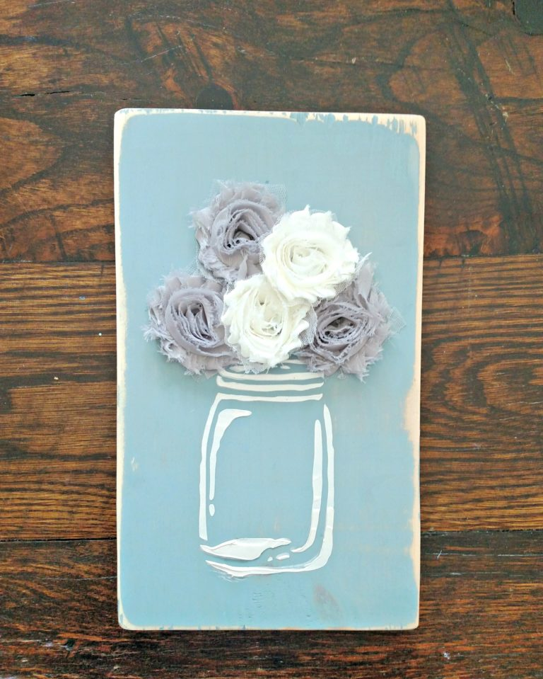 Mason jar painted wood sign with embossing paste- I'm always on the hunt for new craft ideas. Check out some of these amazing craft ideas and craft projects that are on my crafting radar right now!