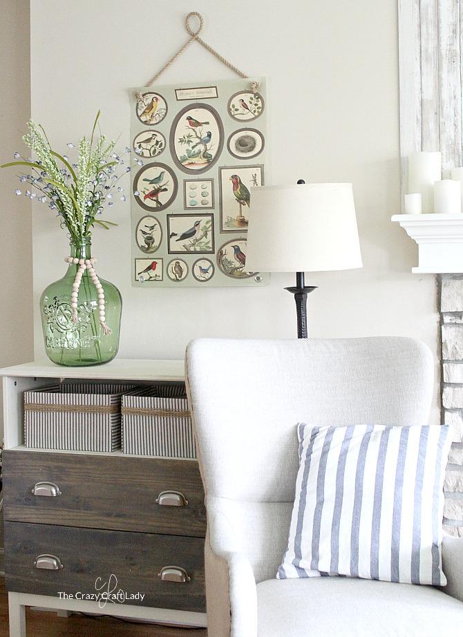 Farmhouse Living Room Full of DIY Inspiration