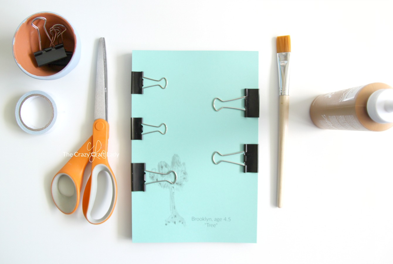 Make your own DIY notepad, customized with your child's artwork. This would make a perfect gift for a grandparent or parent! Learn how to photograph your child's artwork and use it for custom DIY projects.