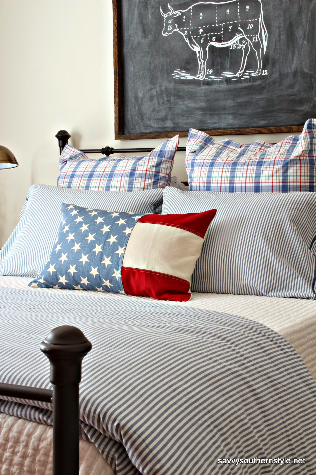 American flag crafts farmhouse decor all summer long for Americana bedroom ideas