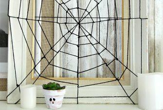 DIY Spider Web Picture Frame – Easy Halloween Decor