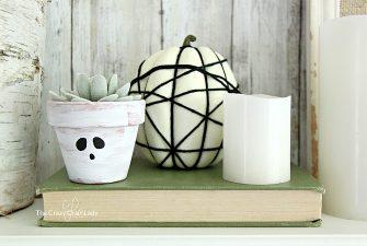 Spider Web Pumpkins – The Easiest Way to Decorate Pumpkins