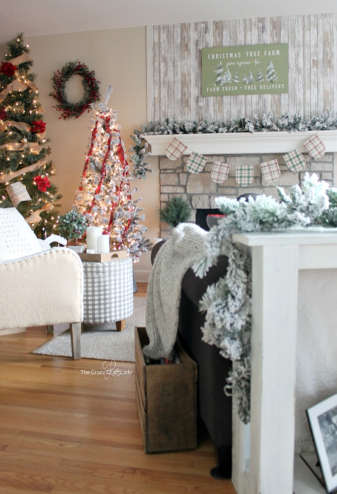Simple Classic Christmas Decorating - and Why I put up TWO ...