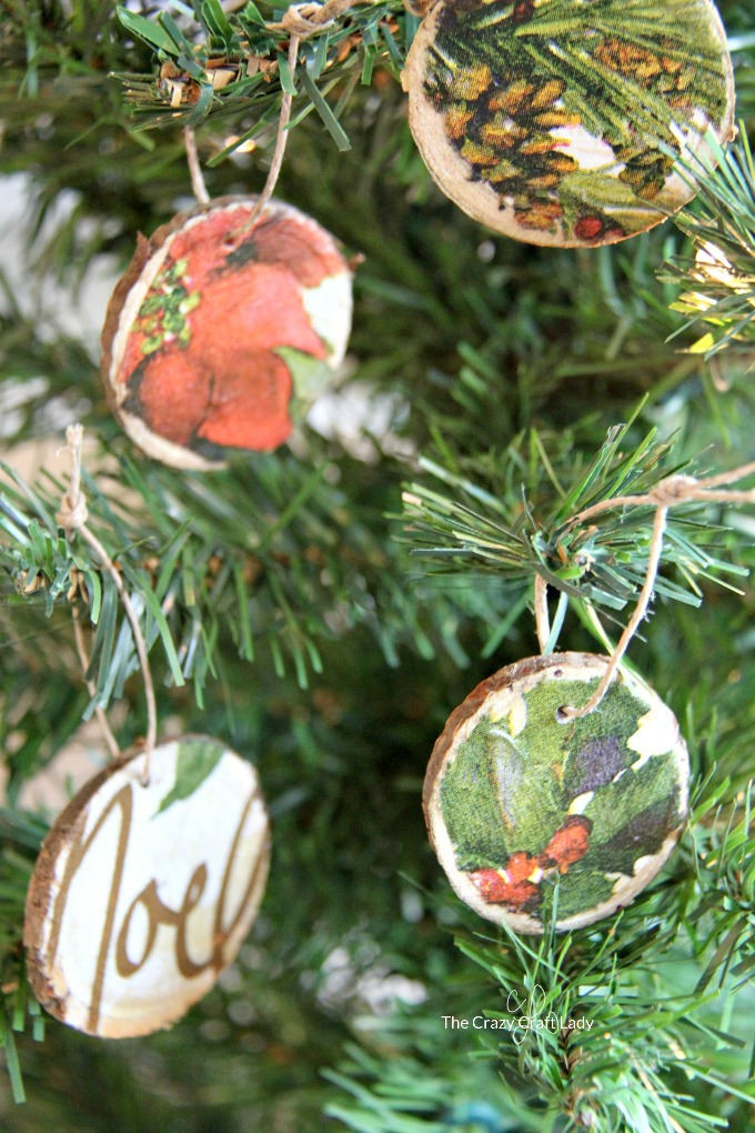 How to Make: Decoupage Ornaments with Wood Rounds and Napkins