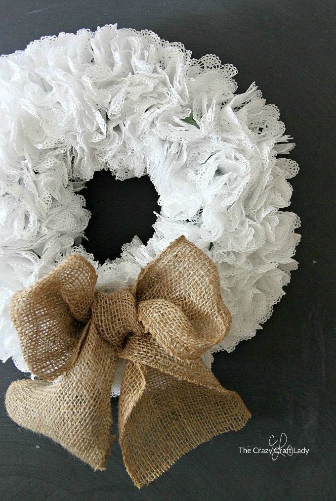 Simple Paper Craft – How to Make a Doily Wreath