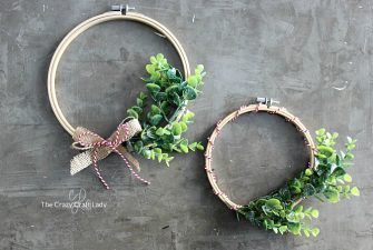 How to Make a Minimalist Winter Boxwood Embroidery Hoop Wreath