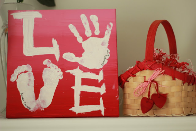 Valentine's Day Handprint Craft - Make it a handmade and heartfelt Valentine's Day with these 9 grandparent Valentines gift ideas. Give a handmade keepsake gift to grandma and grandpa that's filled with love.