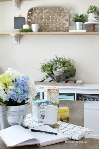 4 Quick Tips for Changing Seasonal Decor