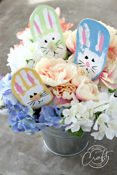 Bunny Handprints – Easter Crafting with the Kids