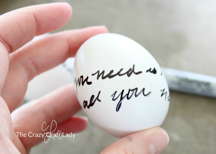 Writing on Easter Eggs: Use a Sharpie permanent marker to write love letter script or draw a pattern on Easter eggs | Simple Easter egg decorating