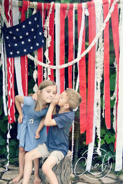 DIY American Flag Backdrop – Take the Cutest 4th of July Pictures Ever!
