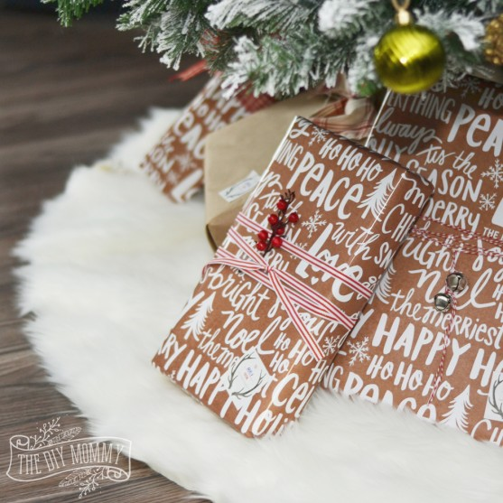 DIY Christmas Tree Skirt Ideas: Faux Fur Tree Skirt from The DIY Mommy