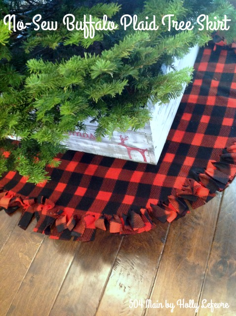 DIY Christmas Tree Skirt Ideas: No-Sew Buffalo Plaid Christmas Tree Skirt from 504 Main by Holly Lefevre