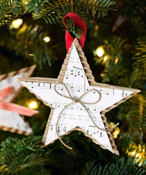 sheet music star ornaments - DIY paper Christmas ornament