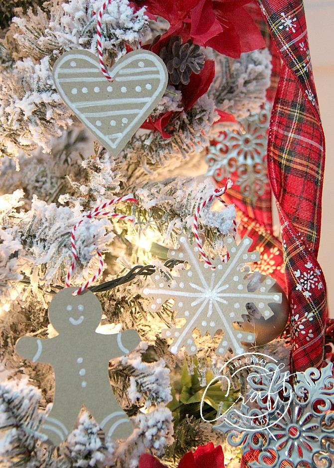Skip the baking and make these cute little paper gingerbread ornaments instead. Use a few simple craft supplies to add a little sweetness to your Christmas tree.