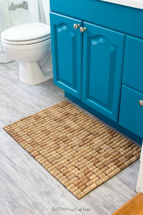 DIY Wine Cork Bathmat Upcycle Decor Project - Pretty AND Functional Wine Cork Crafts