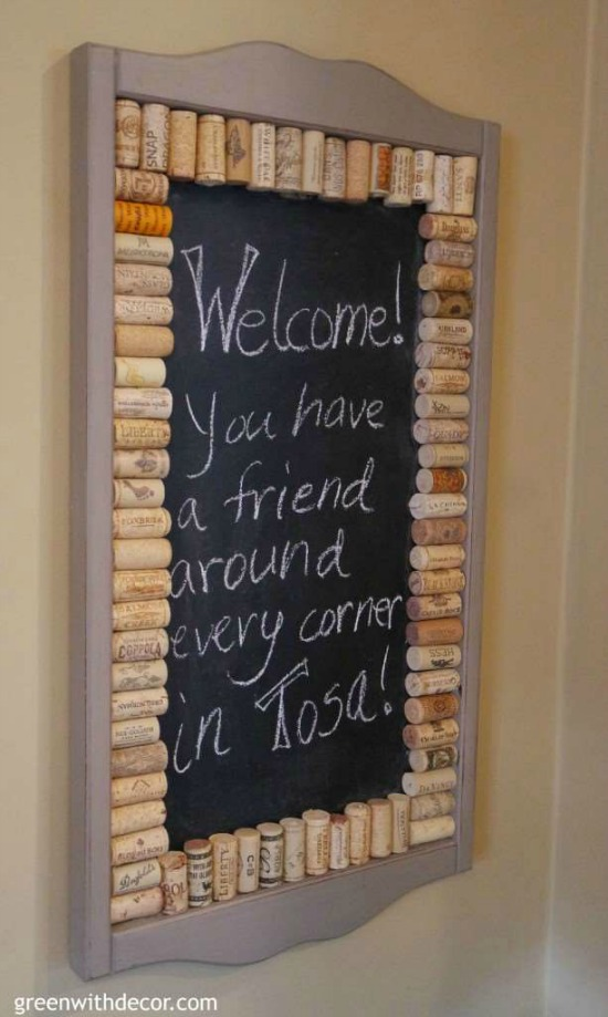 DIY Wine Cork framed Chalkboard Memo Board - Pretty AND Functional Wine Cork Crafts
