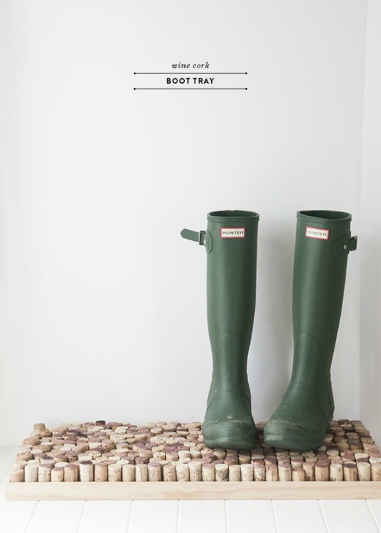 How to Make an Upcycled Wine Cork Boot Tray - Pretty AND Functional Wine Cork Crafts