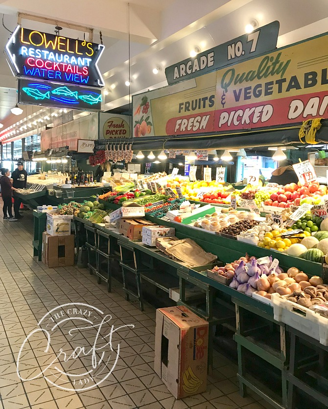 Lowell's Restaurant and Pike Place Market in Downtown Seattle